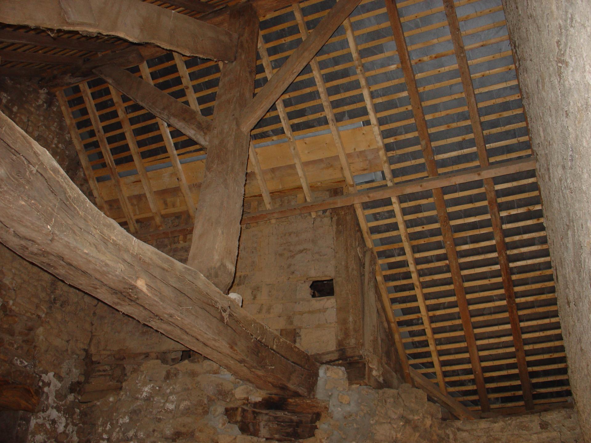 Plafond suspendu prix pied carre troyes cout des travaux - Prix du metre carre de peinture plafond ...